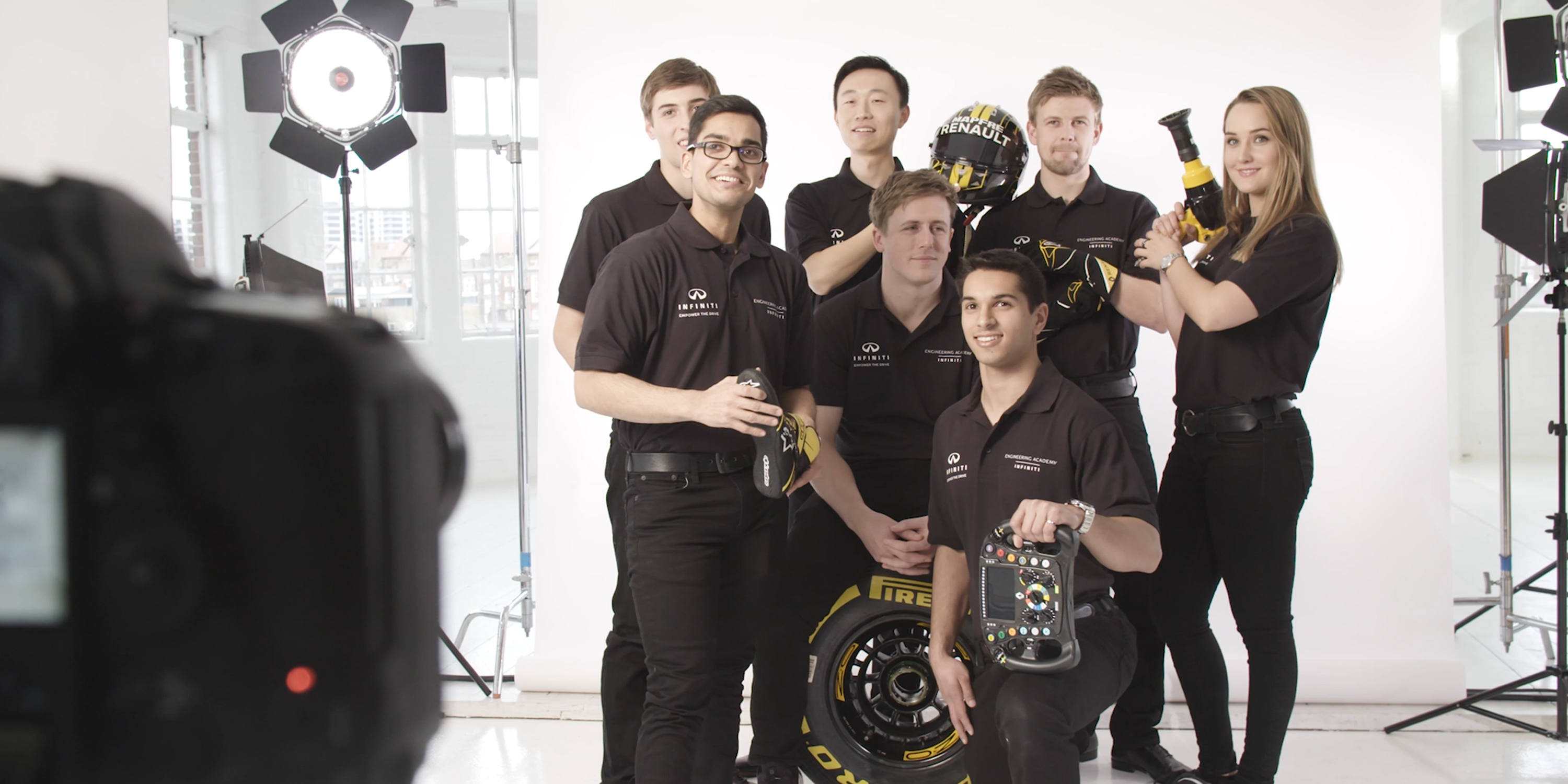 INFINITI Engineering Academy 2019 Engineer Members Taking Group Photos